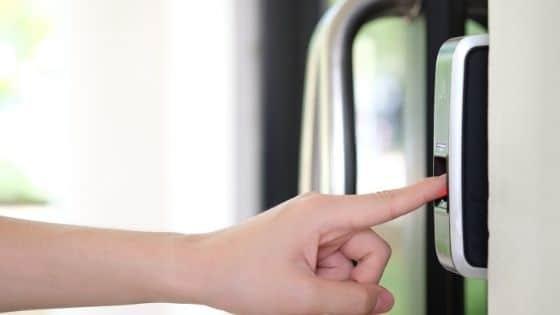 מנעול טביעת אצבע לדלת (ביומטרי